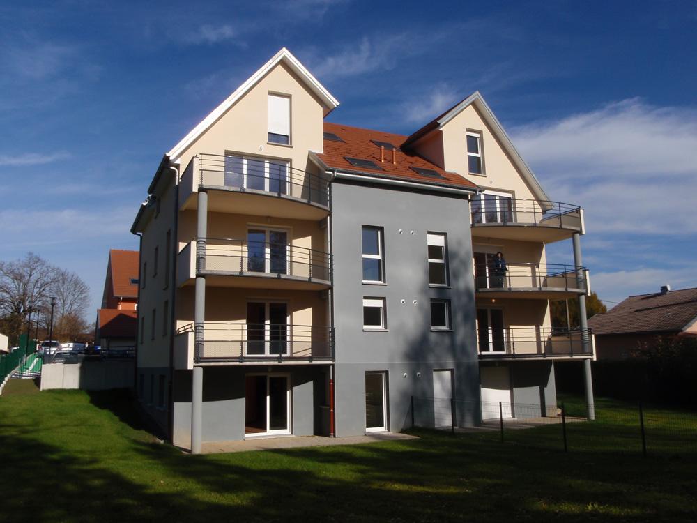immeuble 10 logements pour th90 architecte robert gomez belfort. Black Bedroom Furniture Sets. Home Design Ideas