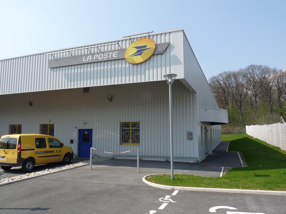 Centre courrier la poste architecte robert gomez belfort for Suivi courrier demenagement la poste